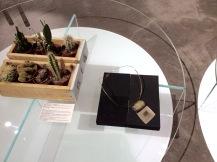 jewellery POTERE E FAME di Nicoletta Frigerio | design MEX di Piero Lissoni